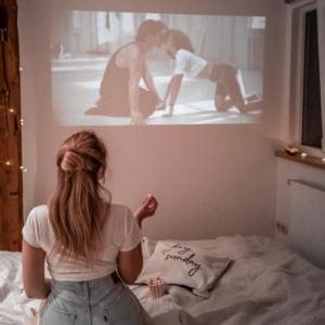 憂鬱な気分はポジティブなミュージック映画4本を見て乗り切ろう!