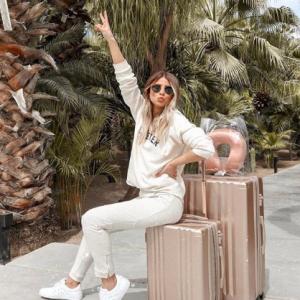 旅行荷物がグッと減る♪ コスメパッキングの賢いアイデアって?