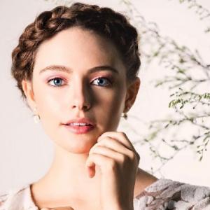 美人若手女優ダニエル・ローズ・ラッセルに注目!気になるプロフィールや恋愛は?